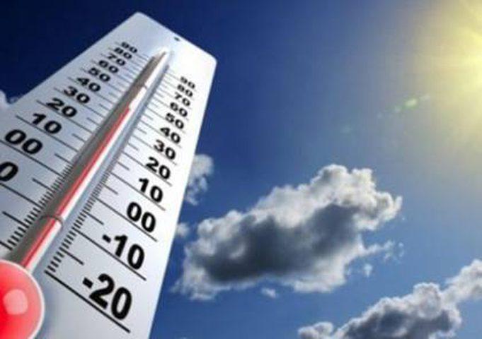 الطقس: الحرارة أعلى من معدلها السنوي بخمس درجات