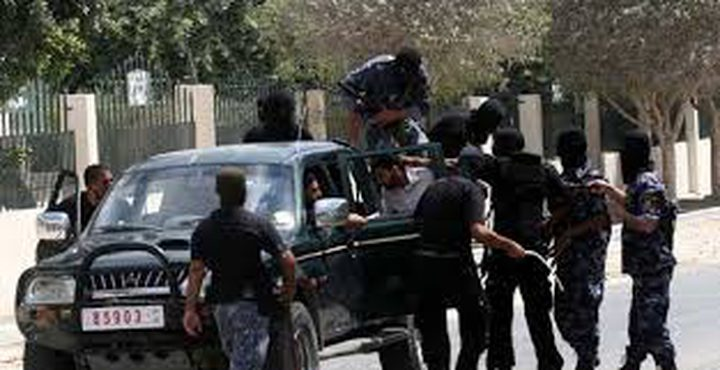حماس تعتدي على الناطق الإعلامي السابق لعمداء الأسرى