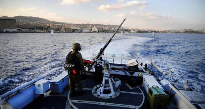 الاحتلال يستهدف الصيادين في بحر غزة