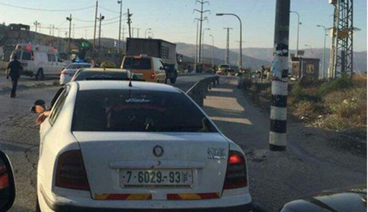 الاحتلال يحتجز عشرات المركبات جنوب نابلس