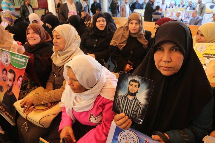 113 اسيرا من غزة سيشملهم قرار منع الزيارة