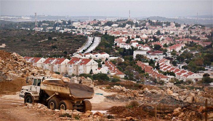 المصادقة على ترخيص مبان استيطانية على أراض فلسطينية خاصة