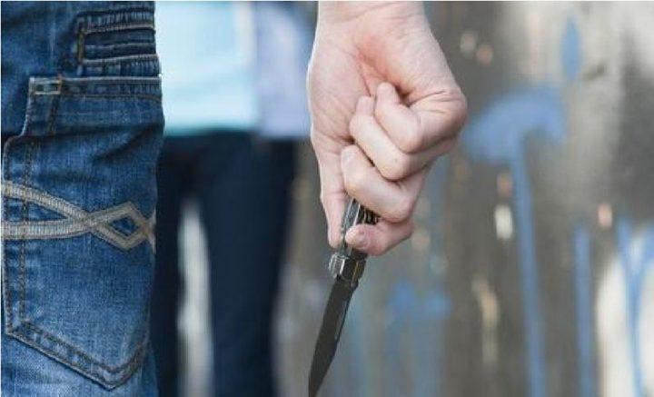إصابة شاب بشجار في نابلس