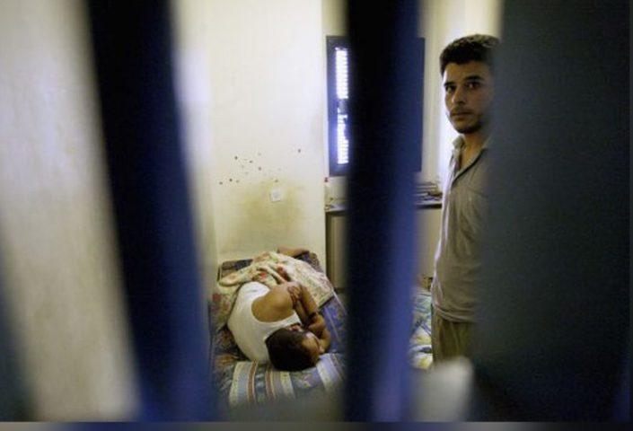 شهادات لأسرى مرضى في سجون الاحتلال