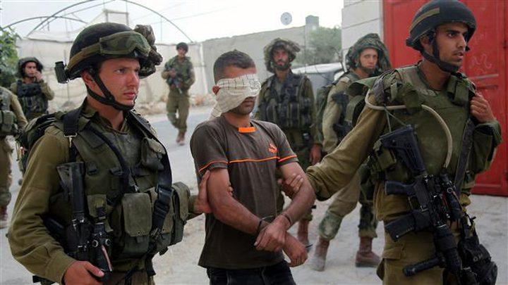 اعتقال فلسطيني بزعم حيازته سكيناً