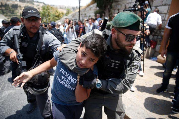 الاحتلال يخطط لاعتقال مرابطين على بوابات الأقصى