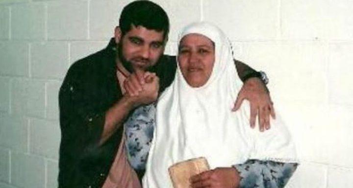 نقل الأسير سامي أبو دياك إلى المستشفى