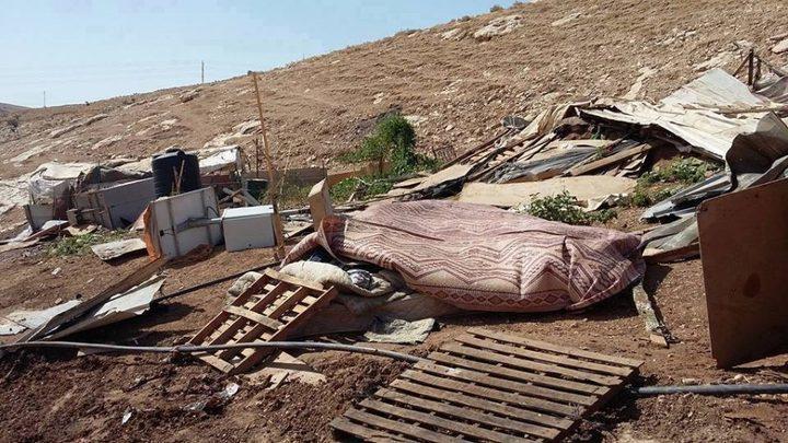 الاحتلال يخطر بإزالة خيمة غرب بيت لحم