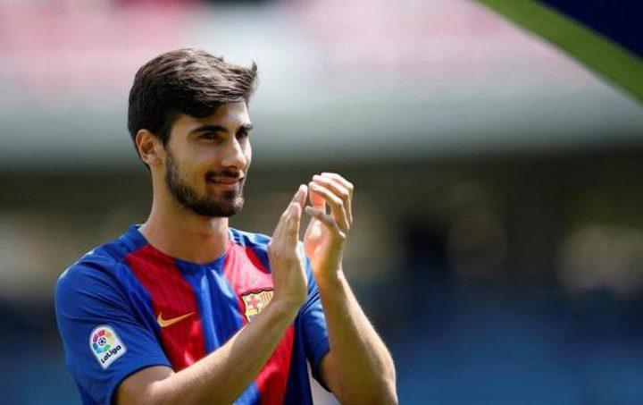 مورينيو يرغب في ضم أحد افشل اللاعبين في برشلونة!