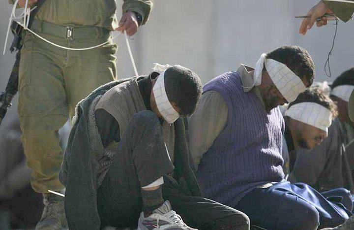 11 أسيراً يدخلون أعوامًا جديدة في سجون الاحتلال