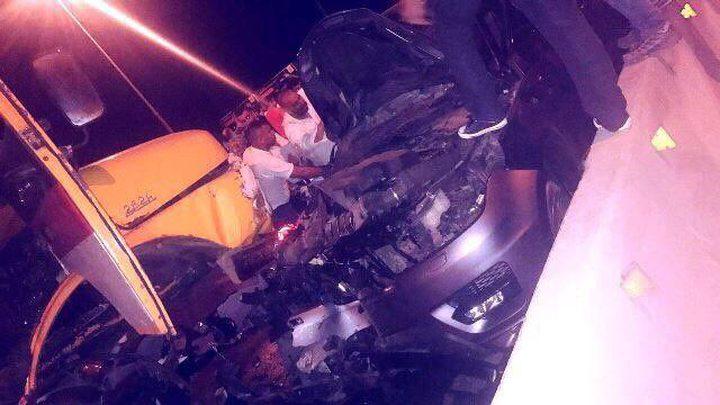 ملحم زين يتعرض لحادث سير مروع