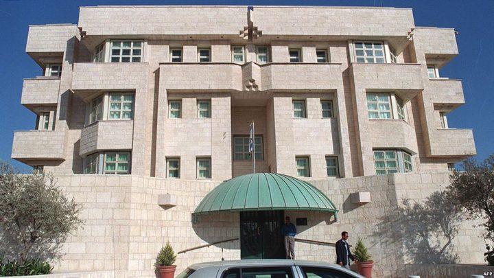 الشرطة الاسرائيلية ستحقق مع حارس سفارتها الذي قتل أردنيين