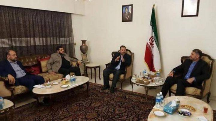 وفد من حماس يشارك بمراسم تنصيب روحاني