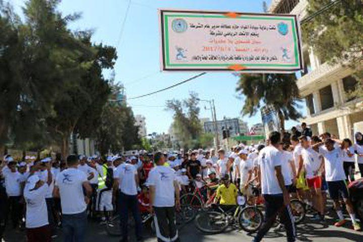 """مئات المواطنين يشاركون في ماراثون """"فلسطين بلا مخدرات"""""""