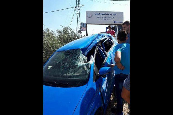 إصابة 5 مواطنين جرّاء حادث سير