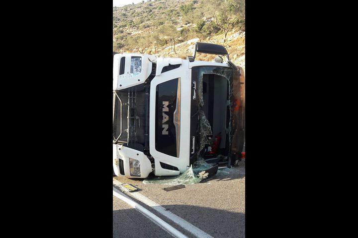 حادثا سير في طريق وادي قانا شمال سلفيت خلال ساعة ونصف
