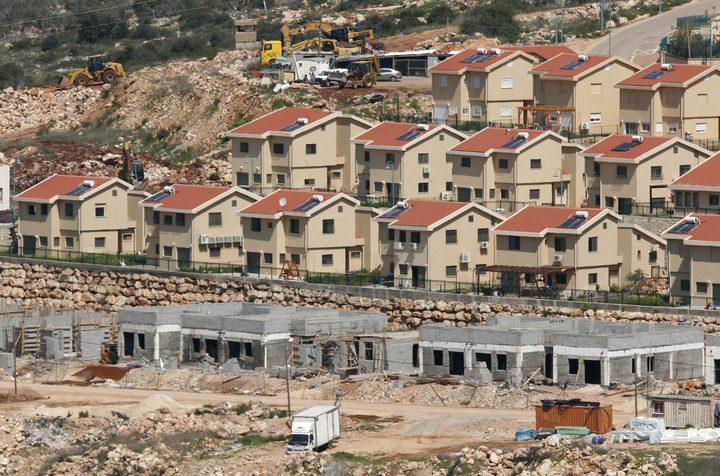 توصية بتجميد إجراءات الاستيلاء على أراضي الفلسطينيين