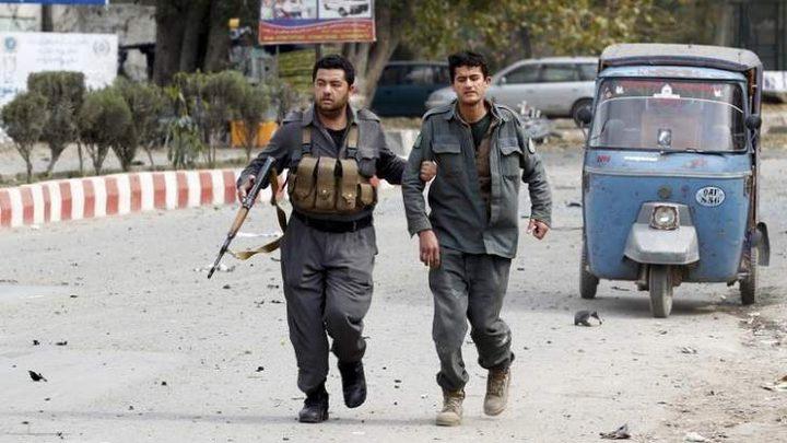 مسلحون يحتجزون 150 عائلة في أفغانستان