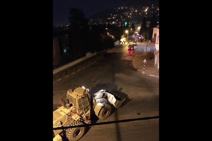"""مستوطنون يقتحمون قبر يوسف شرق نابلس """"فيديو وصور"""""""