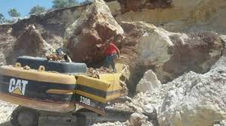 """صديق الشاب المتوفي سيف شري يروي تفاصيل حادثة انهيار صخري اثناء عمله على """" باجر """""""
