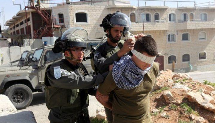 الاحتلال يعتقل فتى عقب الاعتداء عليه في القدس