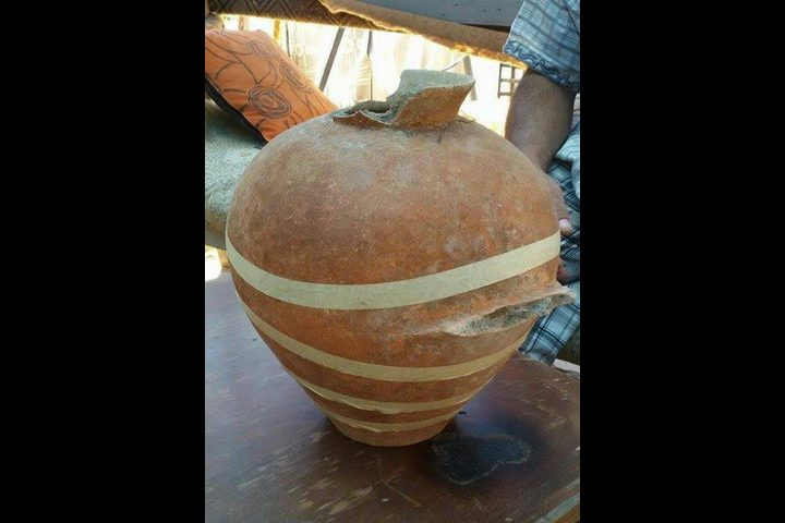 """العثور على جرة فخارية تعود للعام 3500 قبل الميلاد """"صور"""""""