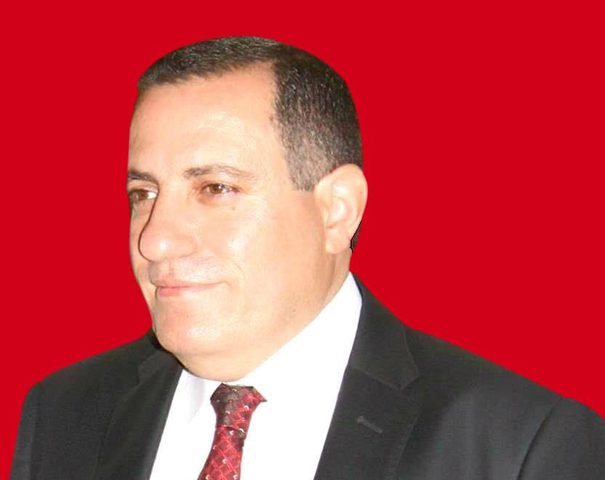 """""""جماعة"""" حماس ومجموعة دحلان وقرارات الرئيس"""