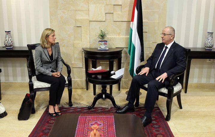 رئيس الوزراء يُطلع الممثل الجديد لليونيسف على انتهاكات الاحتلال