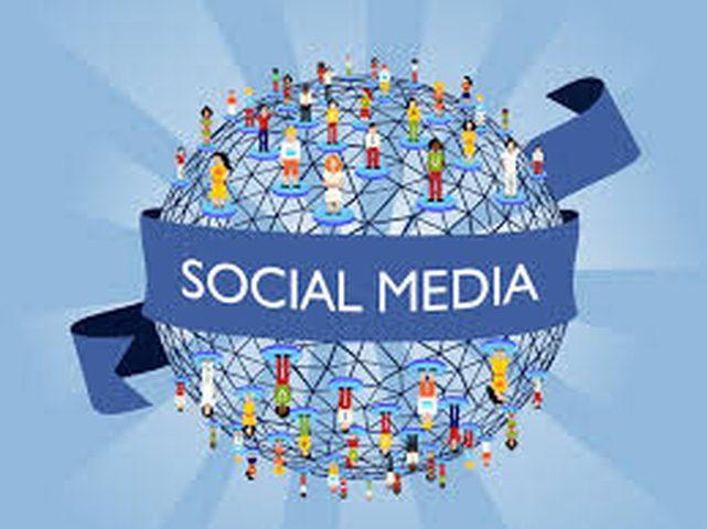 منسق وسائل التواصل الاجتماعي