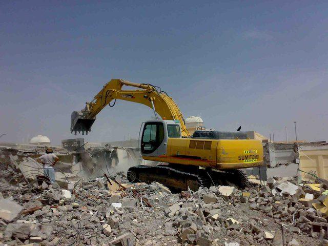 الاحتلال يهدم منزل أسير في بلدة سلواد