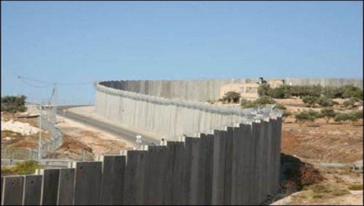 إسرائيل تبني جداراً فاصلاً على حدود غزة