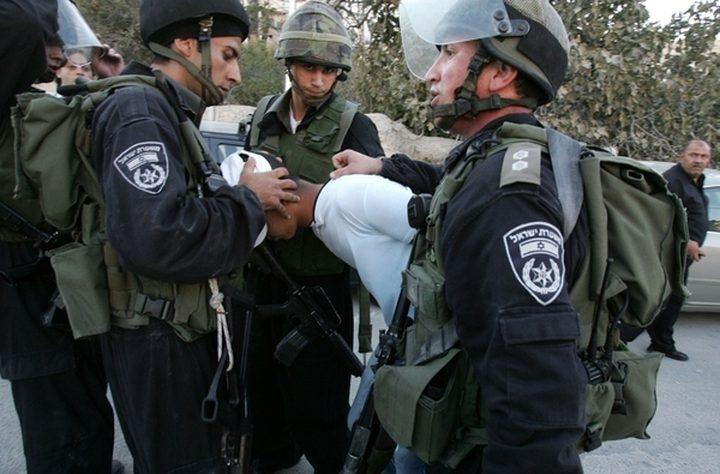 اعتقال ثلاثة مصلين من داخل مسجد في العيزرية