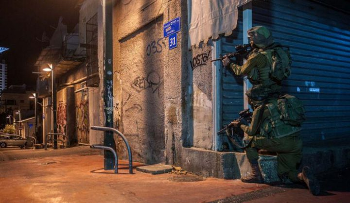 """قوة اسرائيلية خاصة تقتحم بيت ريما ووقوع اصابات """"فيديو"""""""