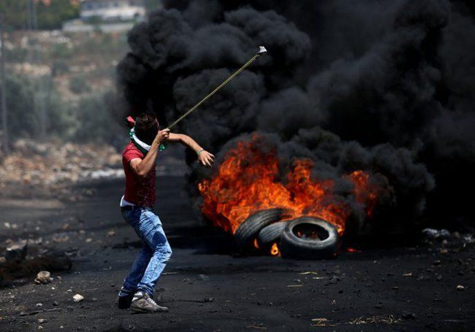 قوات الاحتلال تقمع مسيرة كفر قدوم الأسبوعية