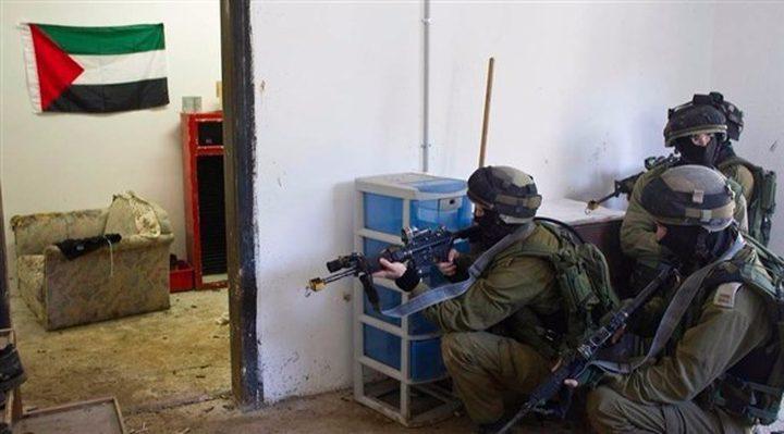 اعتقال فلسطيني بحجة إنذار أمني
