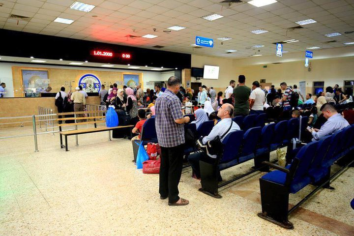 5410 مسافر تنقلوا عبر معبر الكرامة أمس