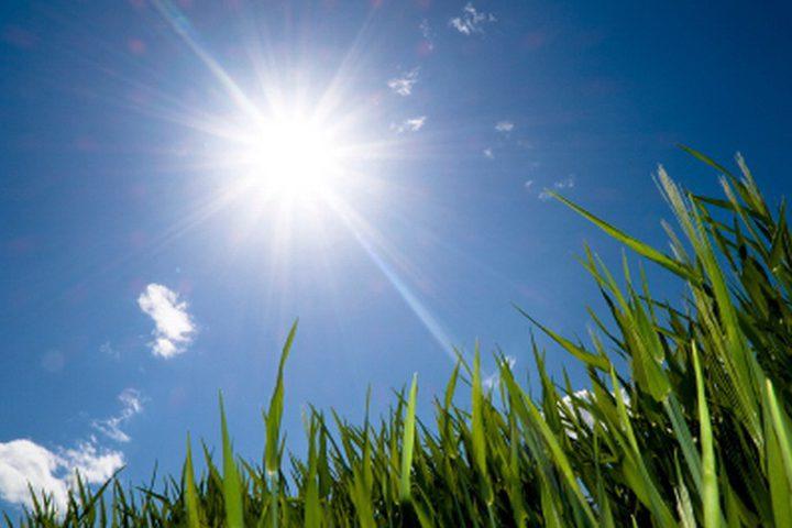 حالة الطقس: الحرارة أعلى من معدلها السنوي بحدود 4 درجات