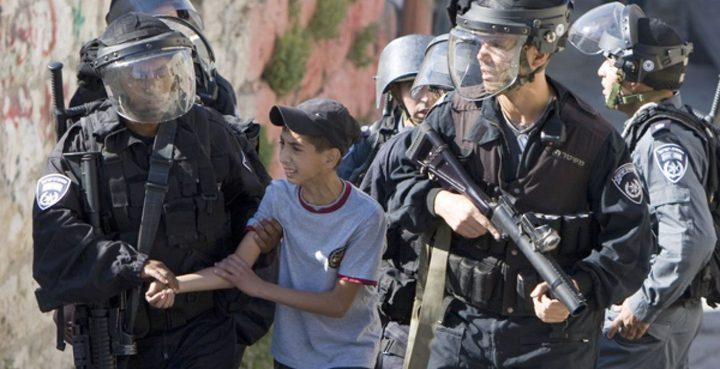 شهادات اعتقال جديدة لأسرى أطفال