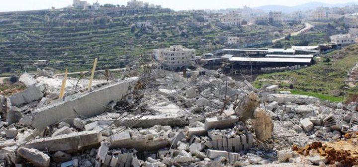 الاحتلال يهدم بيوتًا شيدت بتبرع أوروبي جنوب الخليل