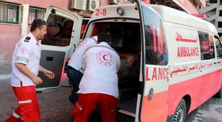 إصابة طفل بجراح خطيرة إثر حادث دهس بمركبة والده