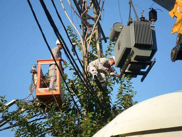 فصل الكهرباء عن عدة مناطق في نابلس اليوم
