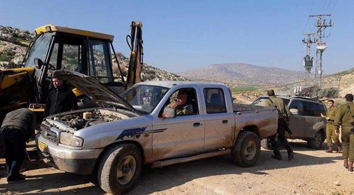 الاحتلال يستولي على مركبة في قرية بردلة