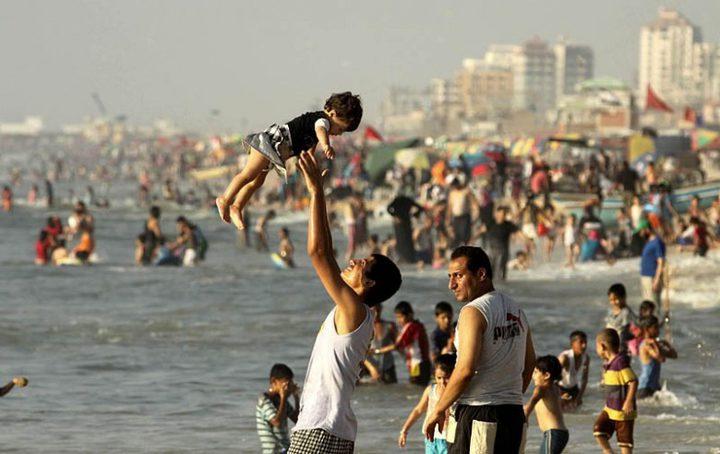 أشتية: إقامة جدران لعزل غزة يقتل ما بقي من فرص للحياة