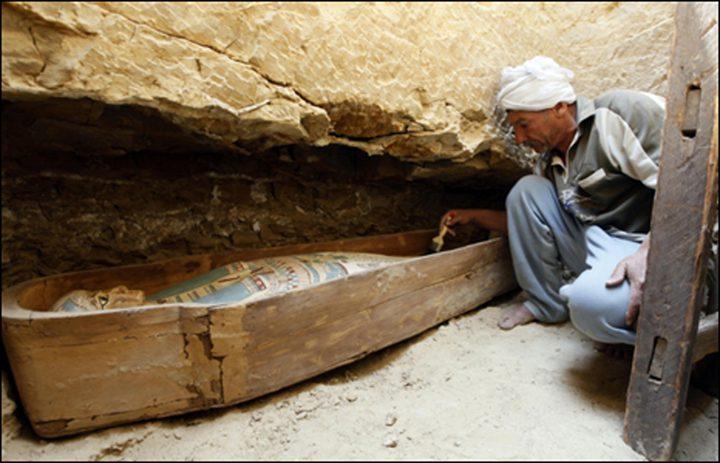 اكتشاف مقابر أثرية في القاهرة
