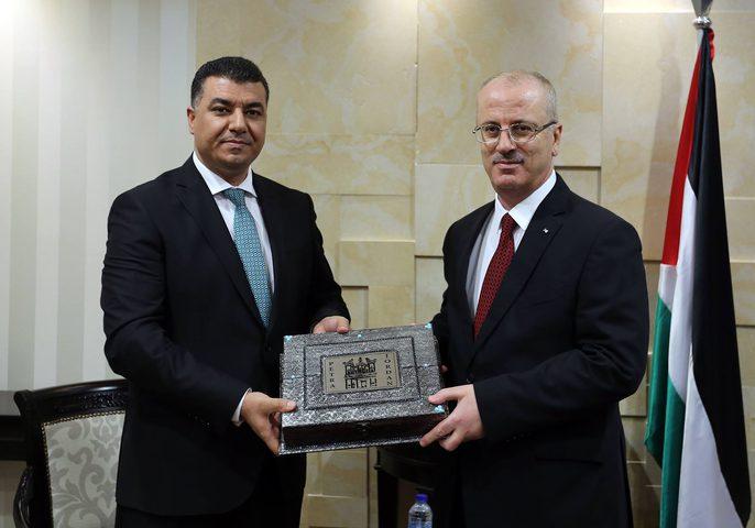 رئيس الوزراء يستقبل وزير الزراعة الأردني (صور)