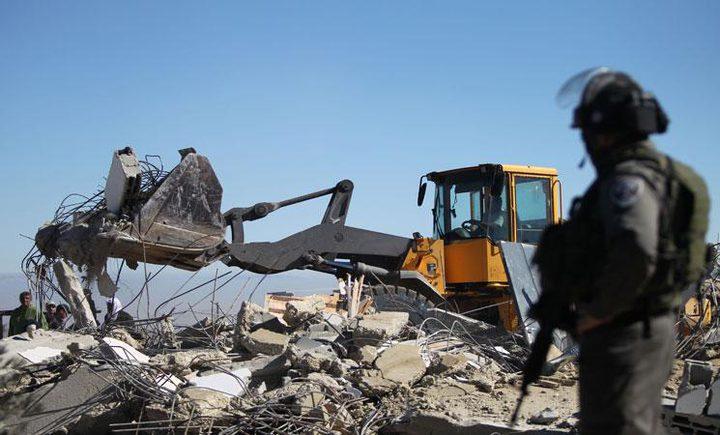 إعادة بناء منزل هدمه الإحتلال جنوب الأقصى