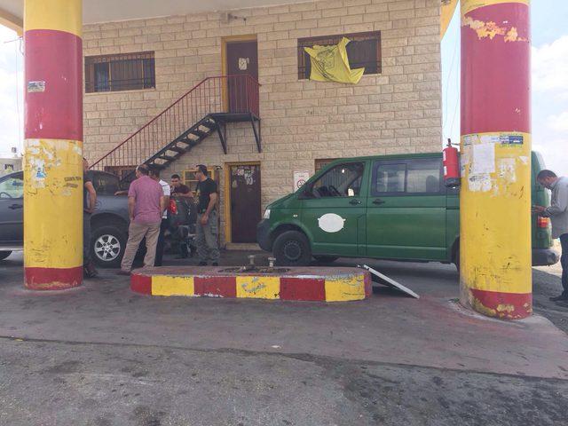 """إغلاق محطة وقود برام الله وضبط مخدر """"النايس"""" في نابلس"""