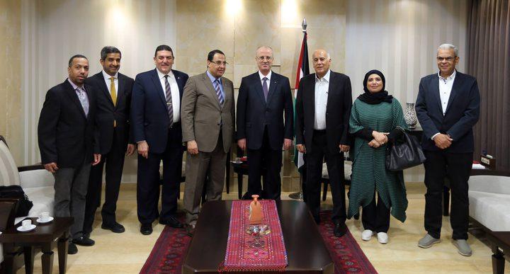 رئيس الوزراء: زيارة الوفود العربية لفلسطين رسالة دعم للقضية الفلسطينية