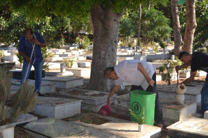 """الاحتلال يحاول هدم """"مقبرة الشهداء"""" في القدس"""