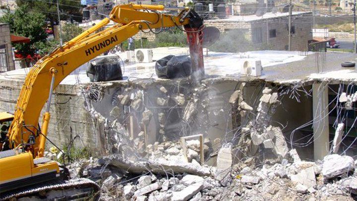 الاحتلال يهدم منزلاً قيد الإنشاء جنوب غرب جنين